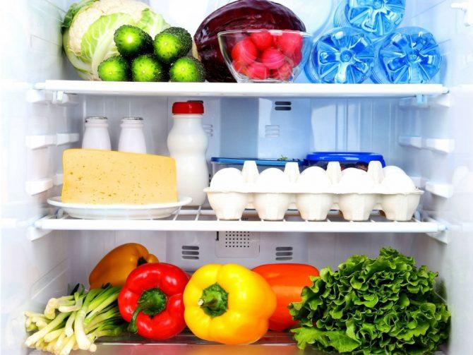 что съесть на ночь, холодильник, продукты, что съесть, советы что съесть на ночь